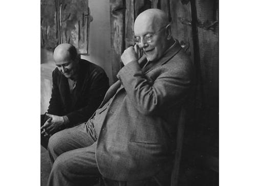 Lionello Venturi nello studio di Consagra, Roma, 1960