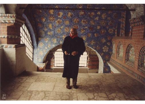 Consagra nella chiesa di San Basilio, Mosca, 1991. Foto G. Di Milia.