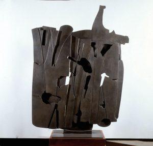 Pietro Consagra, Miraggio Mediterraneo, 1961, bronzo, 187x140x6 cm