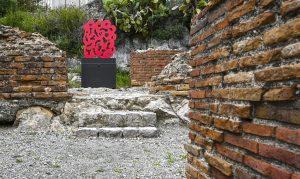 Pietro Consagra, Ferro rosso, 1995, ferro dipinto, 139 x 120 x 1 cm